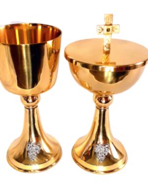 Conjunto de Cálices e Âmbulas Douradas